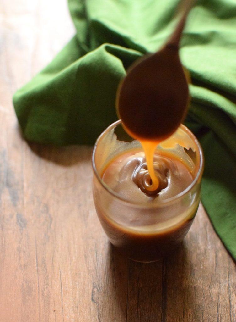 Homemade vegan Caramel Sauce