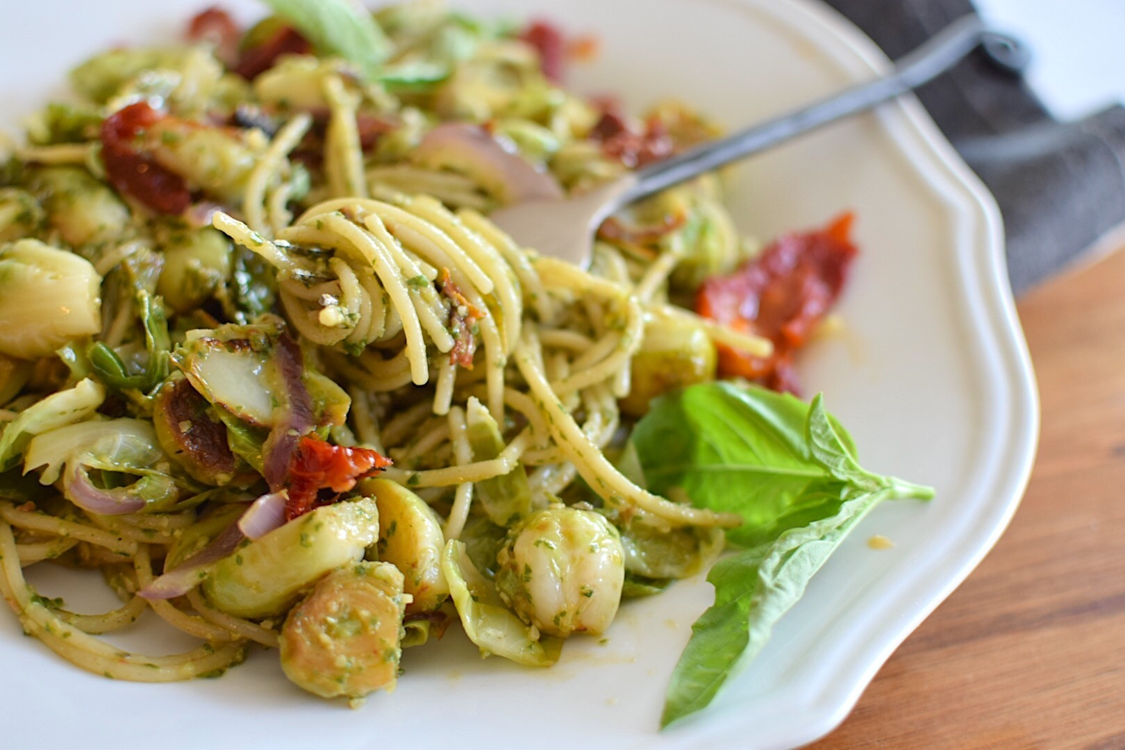 Nut-Free Pesto Pasta – Anti-Candida